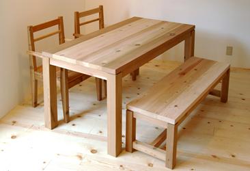 レッドシダーテーブル